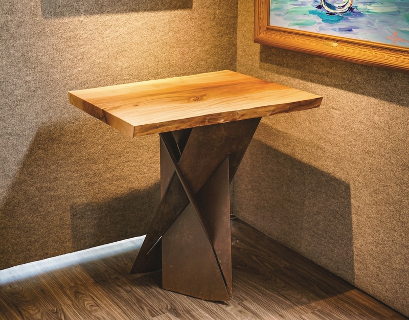 Intersection Table 1802