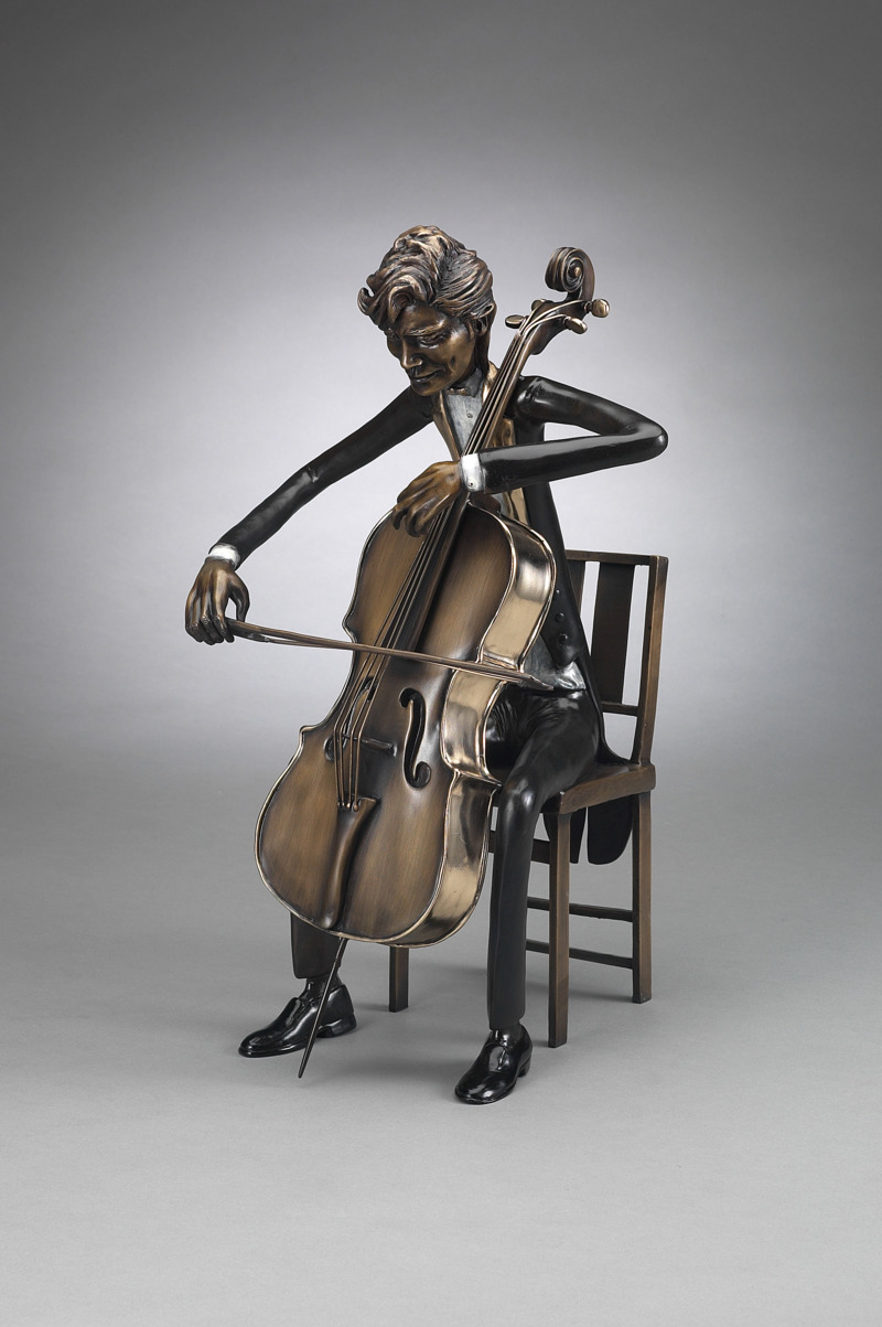 Symphony-Cellist