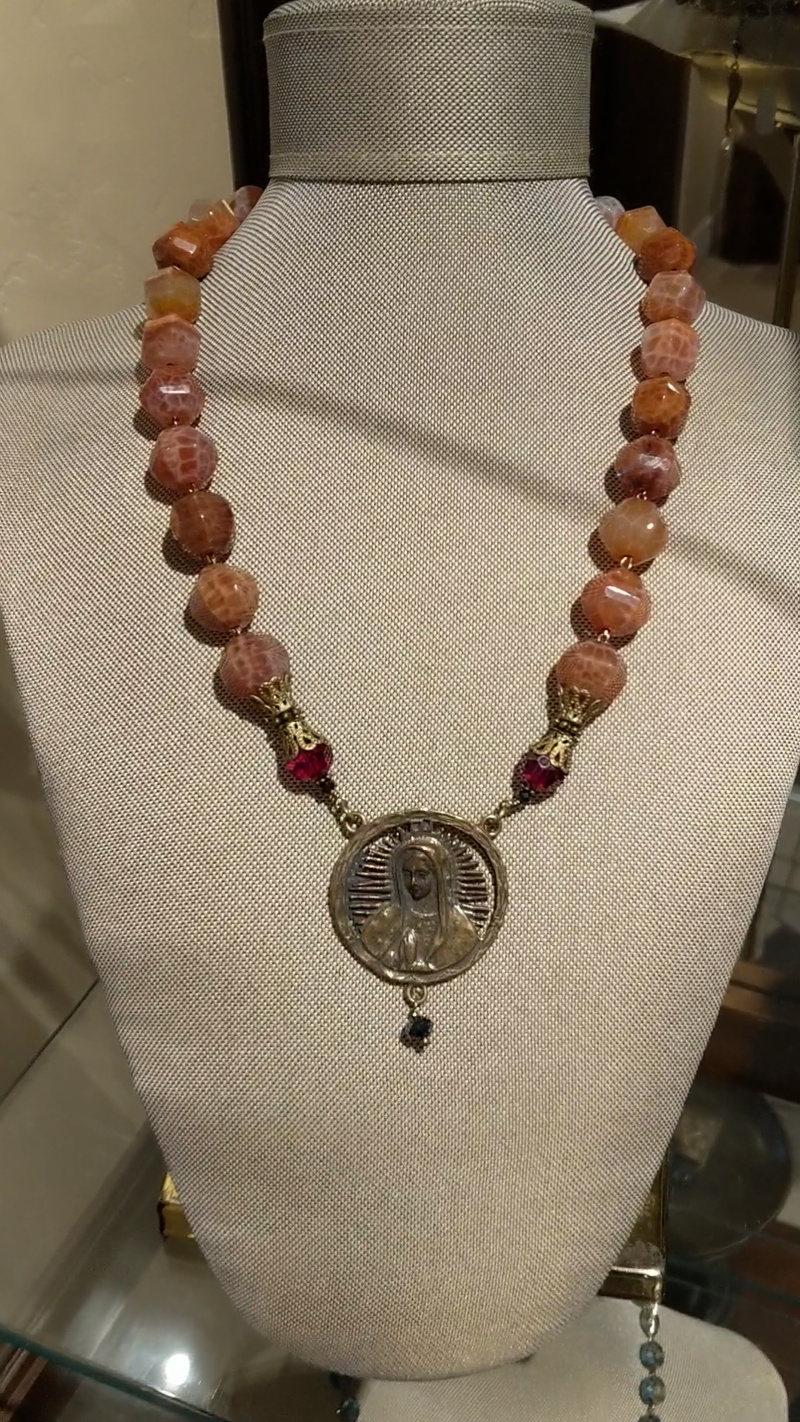 Necklace N25