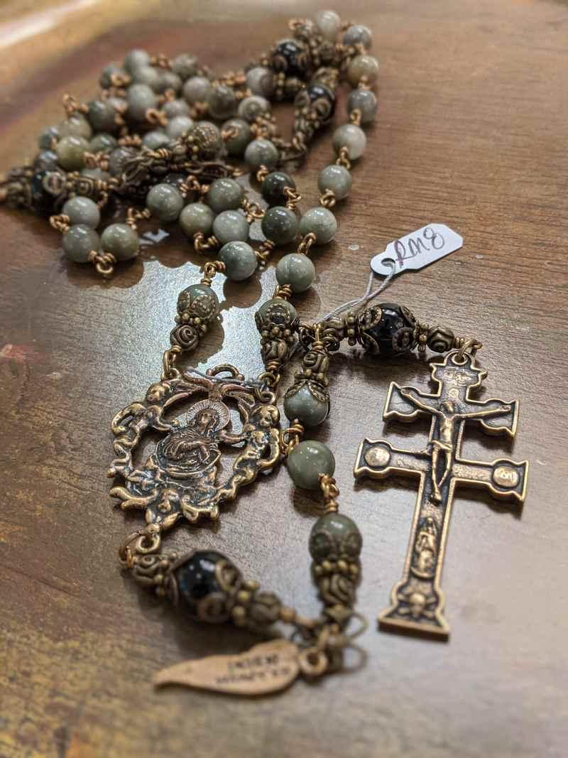 Rosary RM8